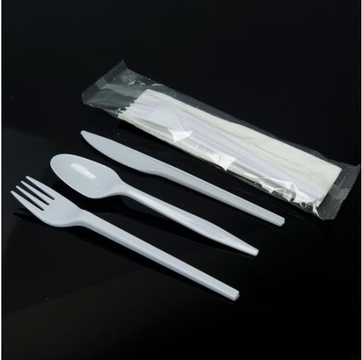 صورة كاتلرى (شوكة ، ملعقة ، سكين ، محرم، منديل معطر) ٢٥ قطعة